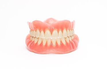 オーダーメイドの入れ歯